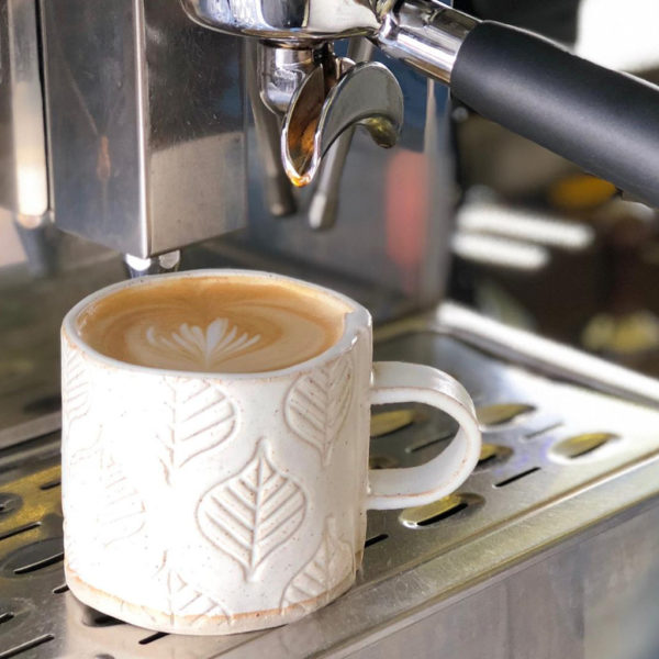 Ceramic mug – Leaf Design 5